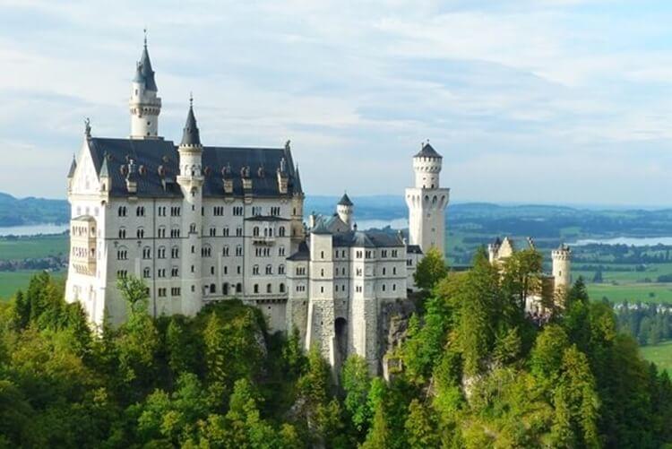 inilah objek, destinasi dan tempat wisata bersejarah di jerman yang menarik, ikonik dan epik