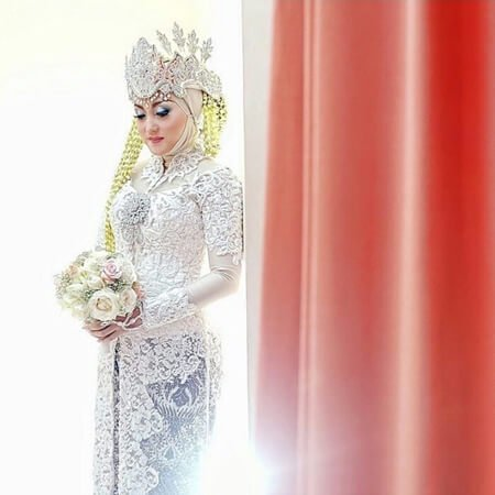 rias pengantin, tips memilih rias pengantin, riasan pengantin, model riasan pengantin, tips memilih tata rias pengantin, makeup artist rias pengantin, make up pengantin natural, tips memilih MUA pernikahan, rias pengantin akad pernikahan, harga rias pengantin, rias pengantin resepsi pernikahan, rias pengantin jawa, rias pengantin sunda, rias pengantin betawi, rias pengantin modern, rias pengantin jakarta