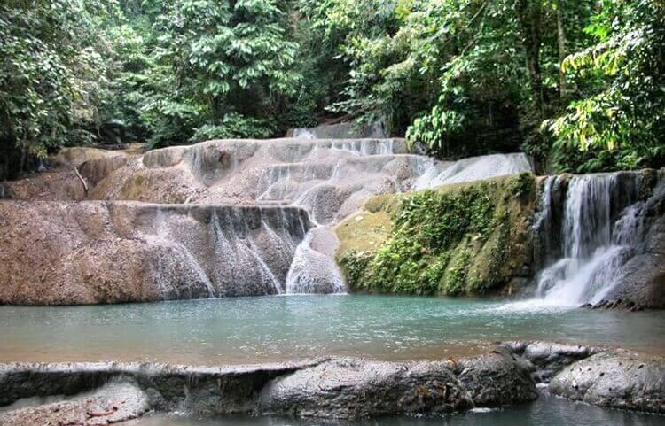 destinasi wisata alam air terjun bidadari lahat palembang