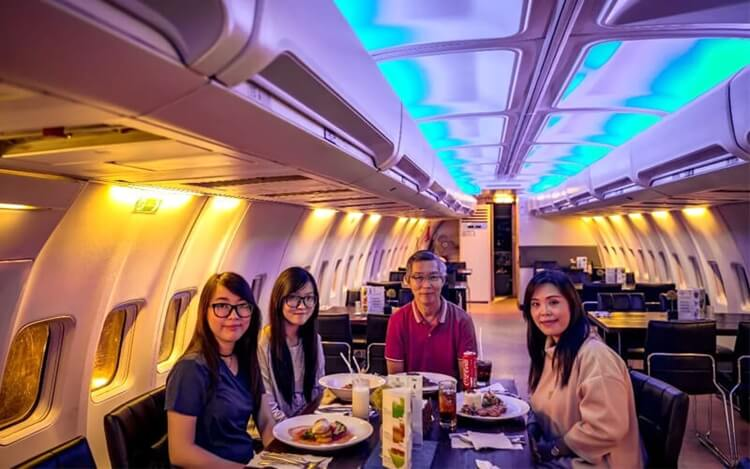 wisata kuliner B777 sky kitchen palembang