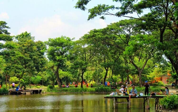 destinasi wisata surabaya yang sering dikunjungi anak muda dan milenial
