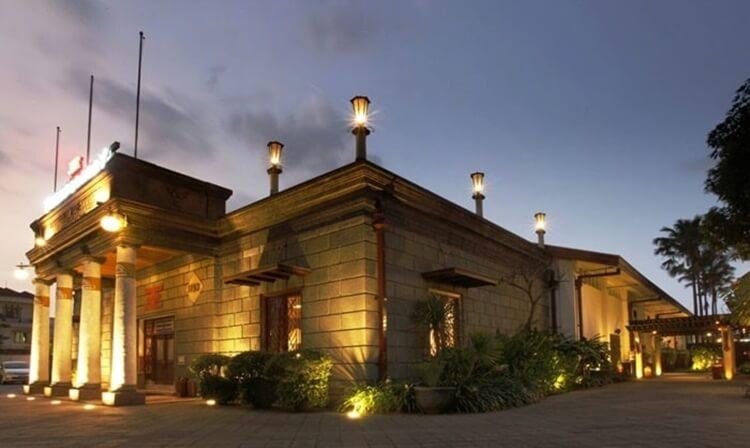 wisata surabaya, house of sampoerna