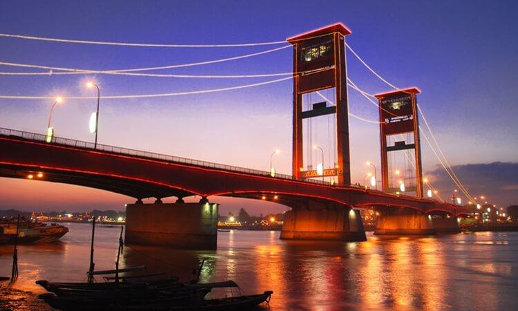 jembatan ampera, objek wisata palembang paling ngehits di indonesia