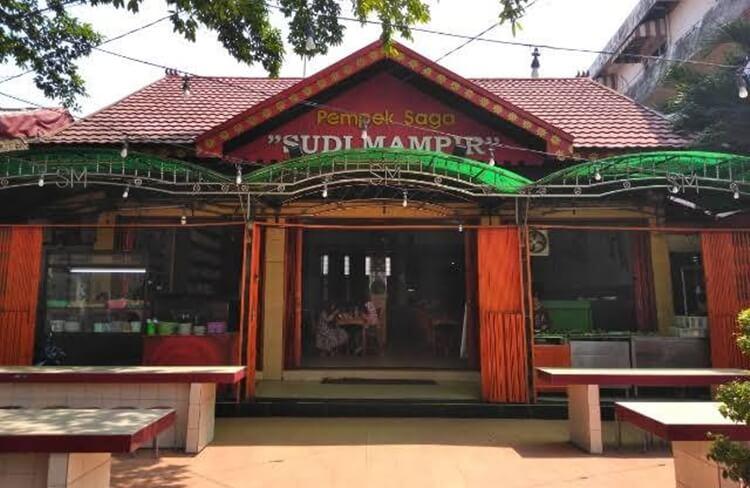 wisata kuliner pempek saga sudi mampir palembang