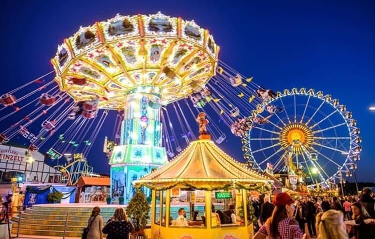 suroboyo carnival park, wisata surabaya kekinian