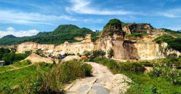 destinasi, objek dan tempat wisata bogor paling hits, populer, menarik, terbaru dan ramai dikunjungi