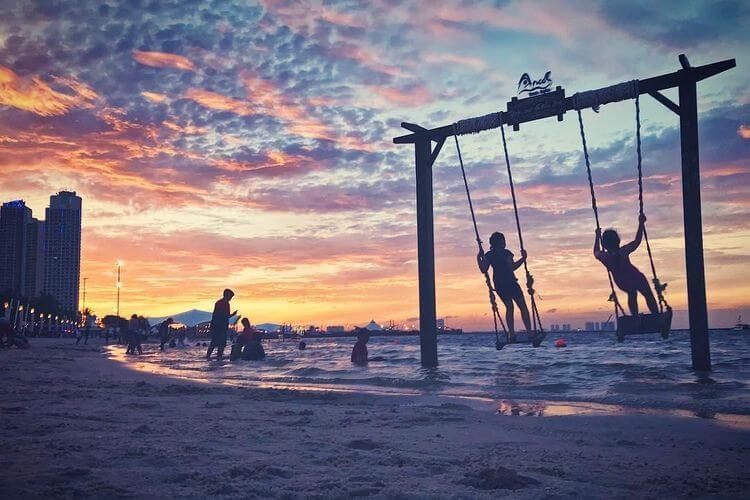 taman impian jaya ancol, destinasi wisata jakarta utara untuk liburan dengan sunset yang menarik