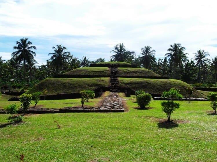 taman purbakala pugung raharjo, wisata lampung bersejarah dan populer