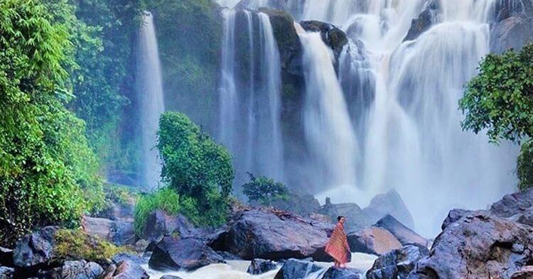 air terjun curup tujuh, objek wisata alam di lampung yang populer