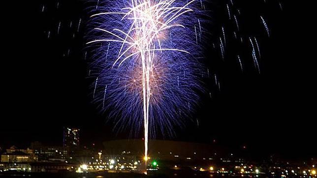 pesta kembang api wisata natal dan tahun baru di cape town