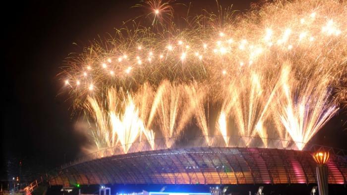 pesta kembang api wisata natal dan tahun baru di malang