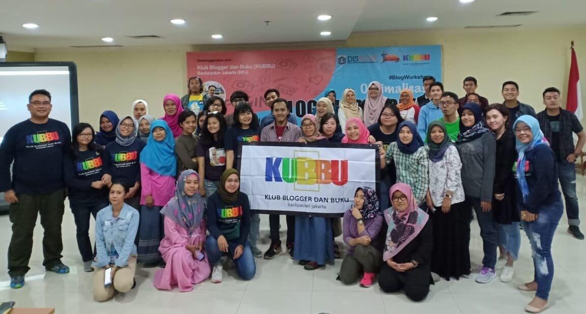 keluarga klub blogger dan buku (kubbu backpacker jakarta)