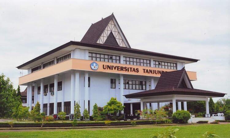 profil untan membangun ekosistem digital menuju cyber university terbaik di indonesia