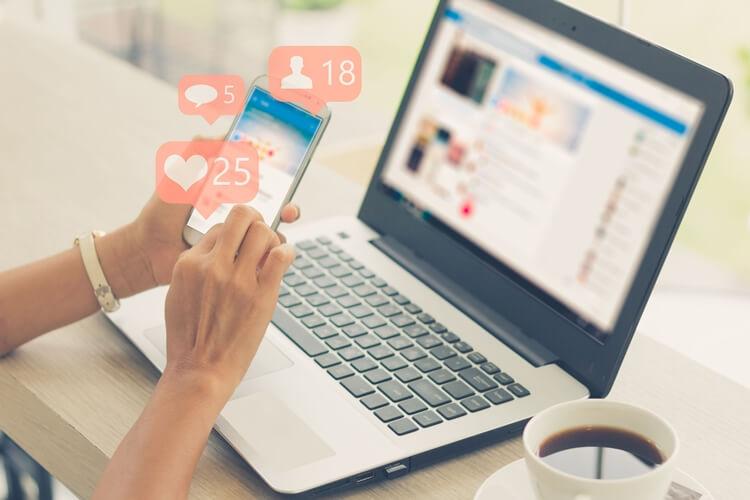rekomendasi kerja sampingan untuk mahasiswa yang aktif di media sosial paling menjanjikan 2020