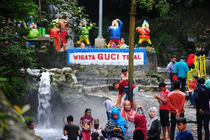 pemandian air panas alami guci dan tempat wisata di tegal paling populer