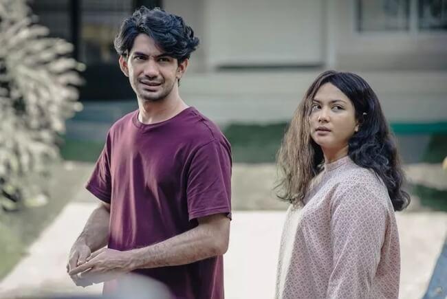film indonesia terbaik imperfect karier cinta & timbangan 2019