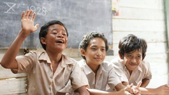 film indonesia terbaik laskar pelangi (2008)