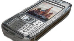 harga dan spesifikasi diamond crypto smartphone