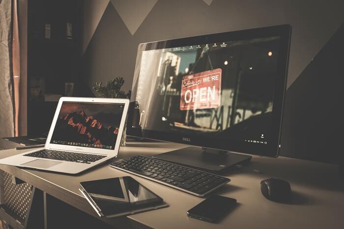 full time blogger