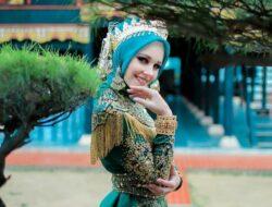 Potret Cantik Tiphaine Poulon, Model Asal Prancis yang Jadi Mualaf dan Nikahi Pria Aceh